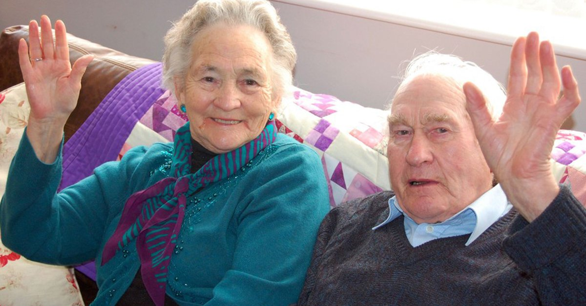 Después de 71 años juntos, adorable pareja fallece con 4 minutos de diferencia