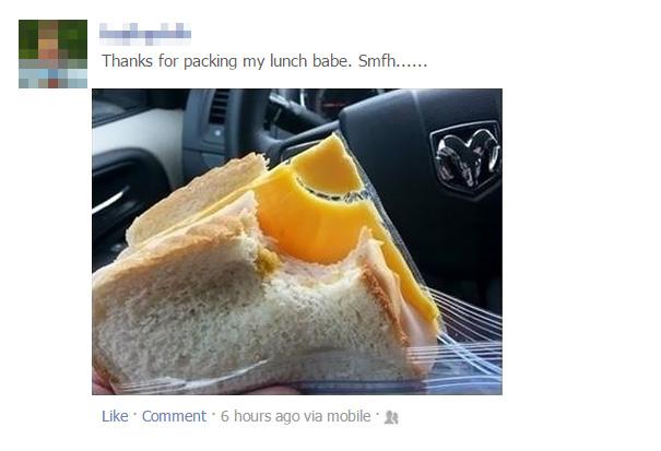 Queso empaquetado y preparado en un sandwich