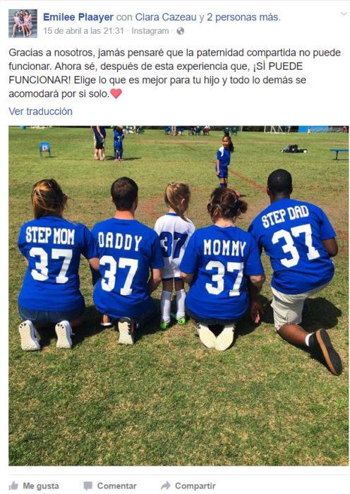 Twitter sobre padres apoyando a su hija en un juego de fútbol