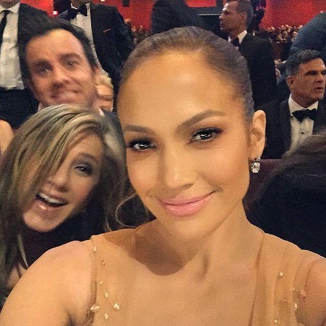 jeniffer lopez selfie