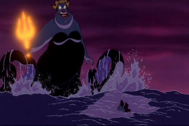 ursula de la sirenita villanos de Disney