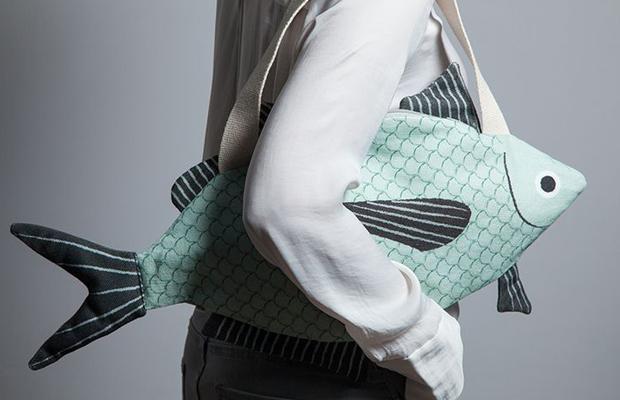 bolso pez verde
