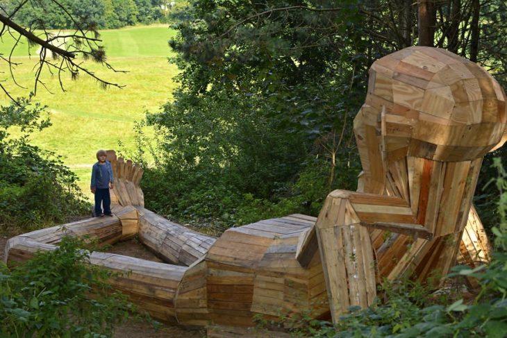 esculturas de madera gigantes