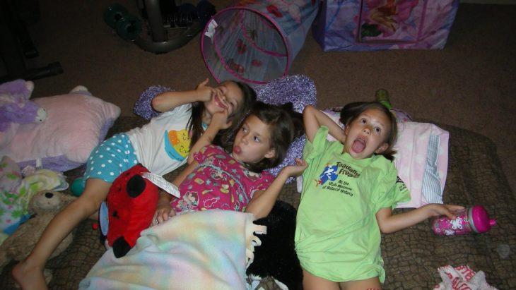 Niñas en pijama