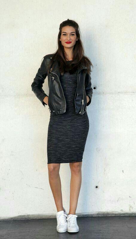 Vestidos de moda en color negro