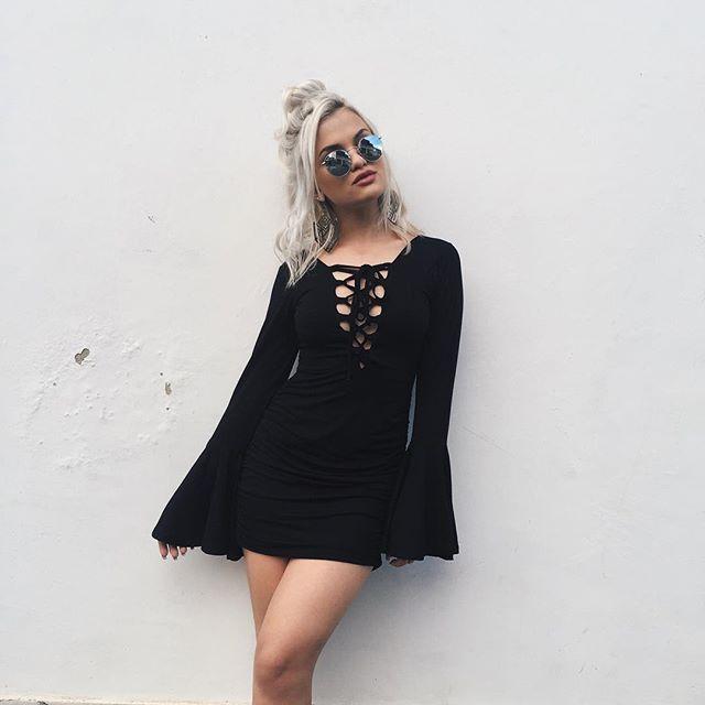 15 Vestidos Negros Casuales Que Necesitas En Tu Guardarropa