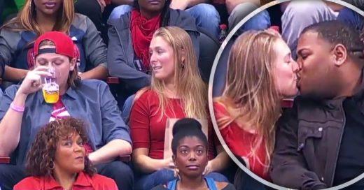 """Chica besa a desconocido cuando su novio la rechaza frente a la """"cámara del beso"""""""