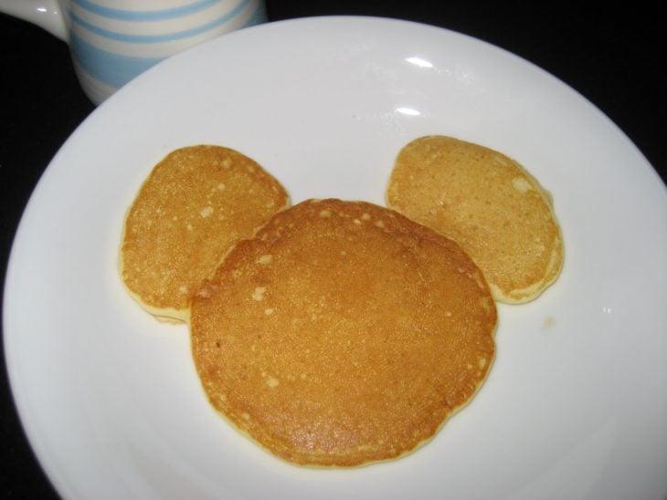hot cakes en forma de mickey mouse
