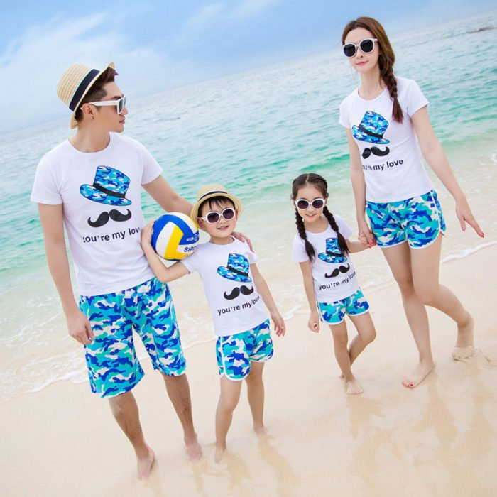 Familia millennial de vacaciones