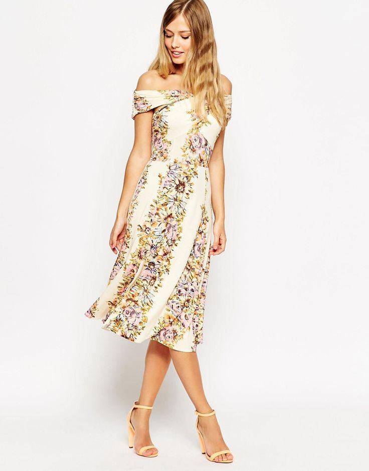 26868253a 20. Y este bello diseño es ideal para las chicas más discretas. vestidos  distintos para graduación 7