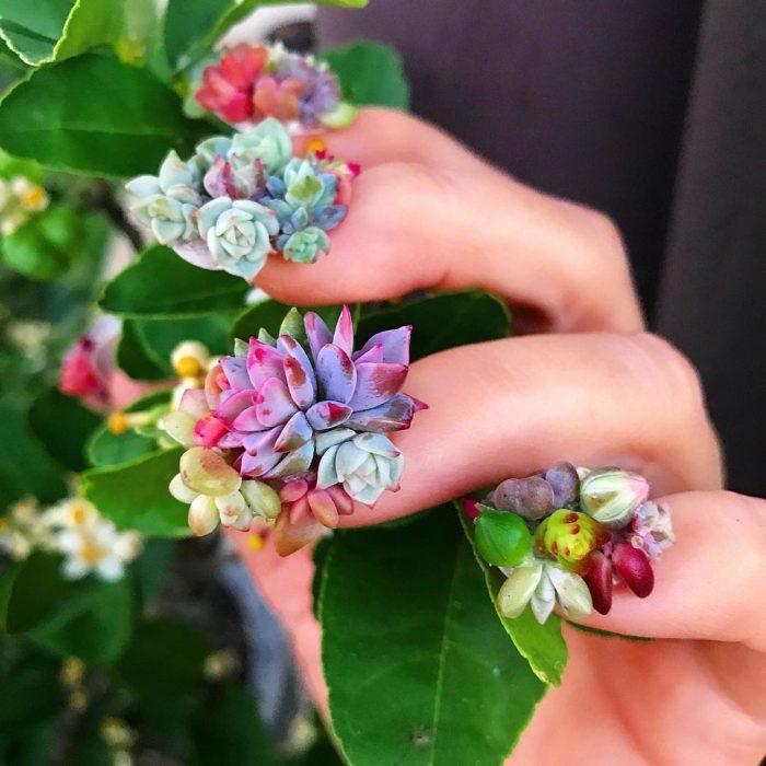uñas con plantas
