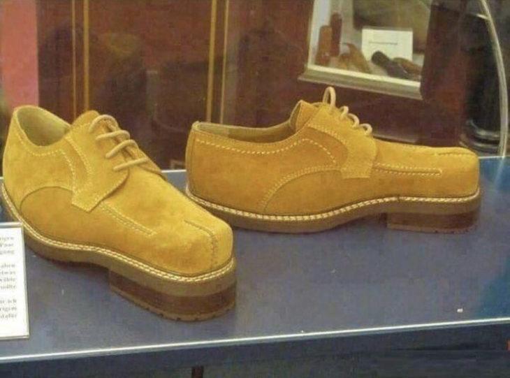 zapatos al reves