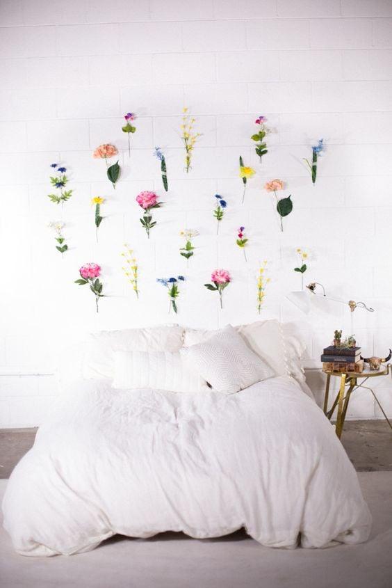 flores en la cabecera