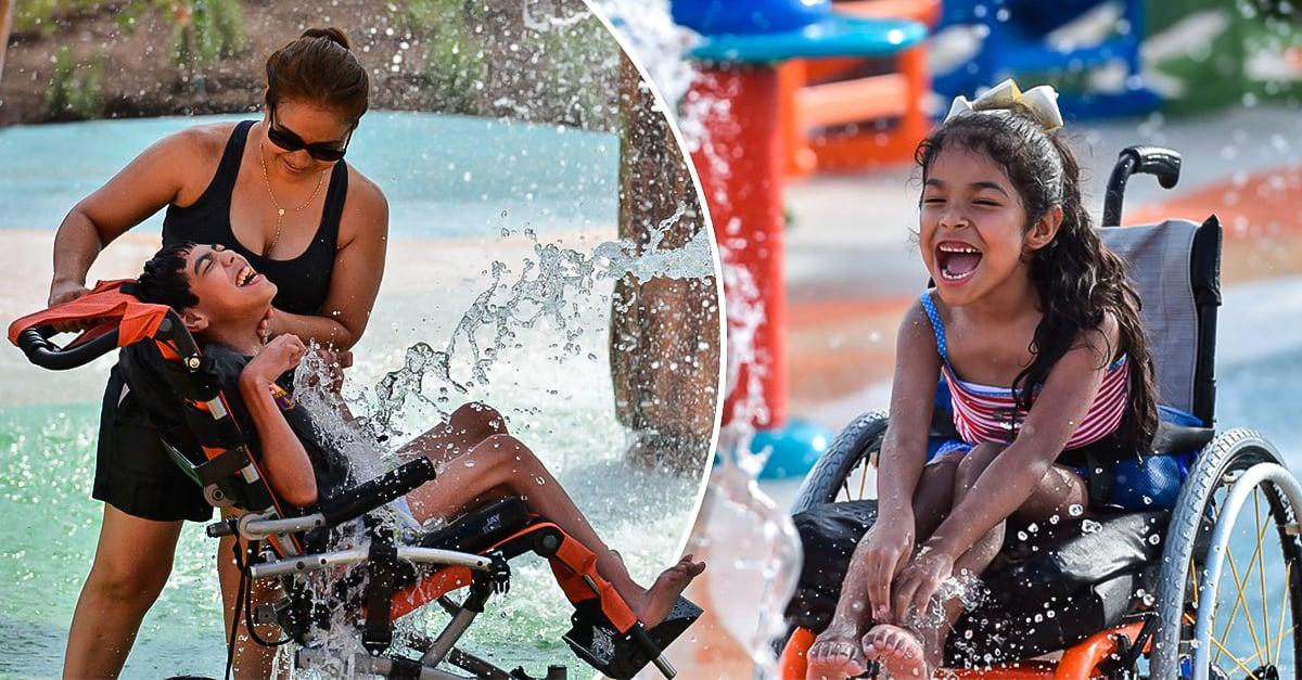 niños discapacidad parque acuático