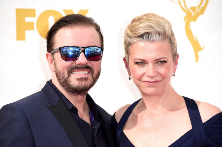 Ricky Gervais y Jane Fallon