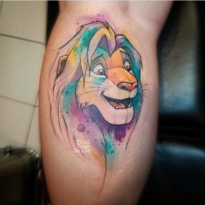 Tatuaje de rey león