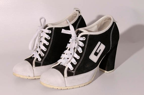 Zapatillas deportivas de los 90's