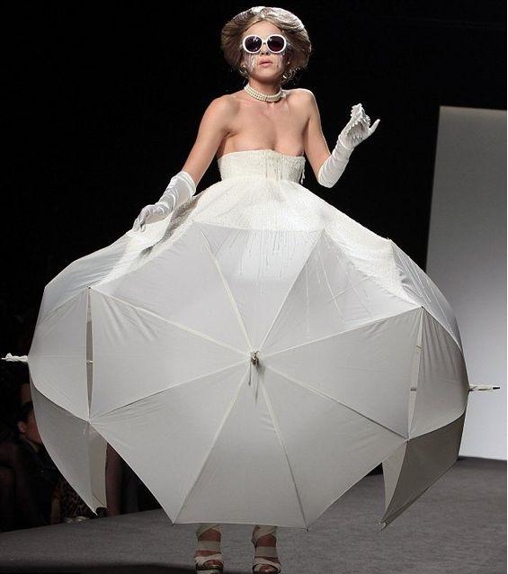 vestido de sombrilla