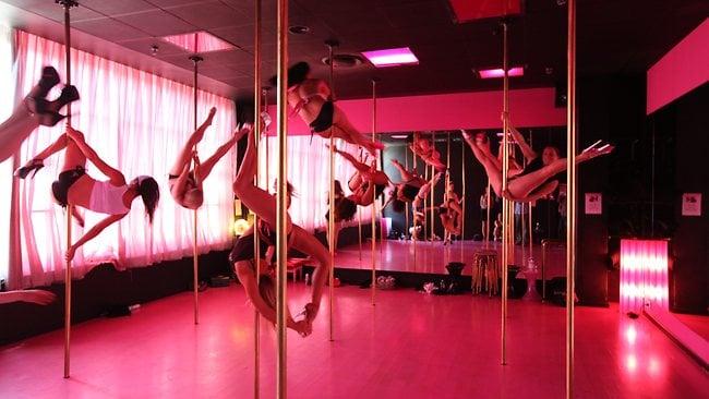 Pole dance flexibilidad
