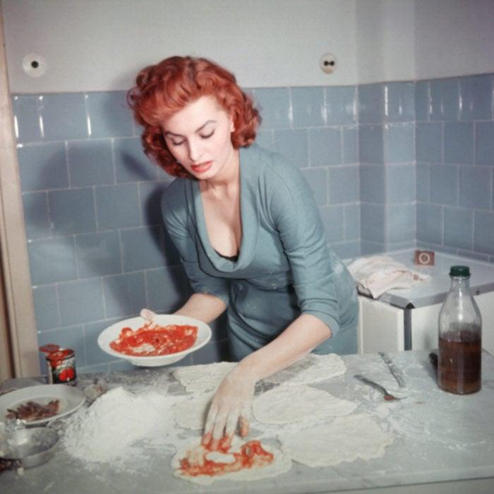 sophia loren cocinando