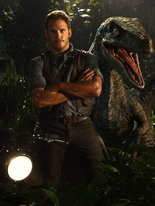 Chris Pratt en la película jurassic World