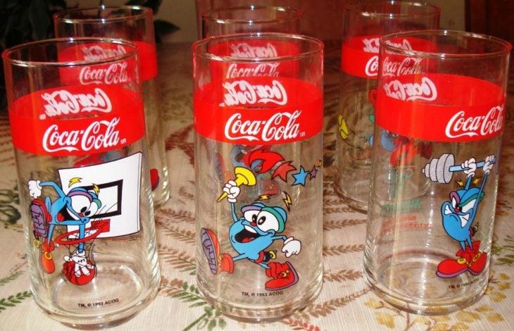 vasos de vidrio con figuras de olimpiadas