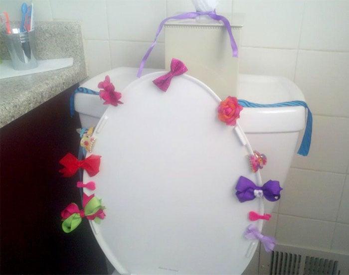 taza de baño decorada