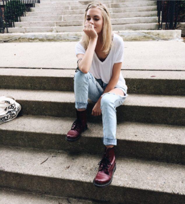 Chica pensando