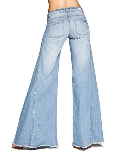Jeans de pata de elefante