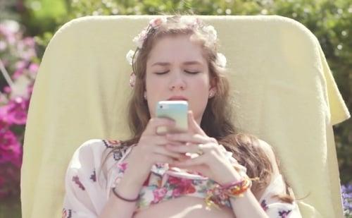 chica celular