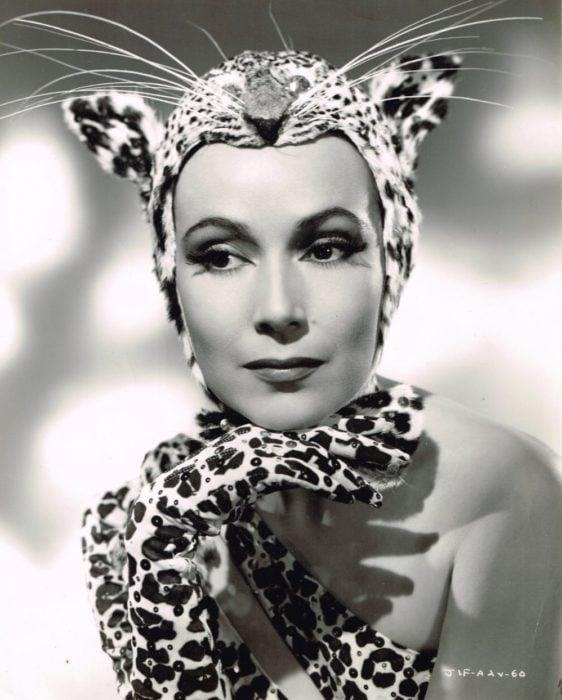 Dolores del Río leopardo sensual
