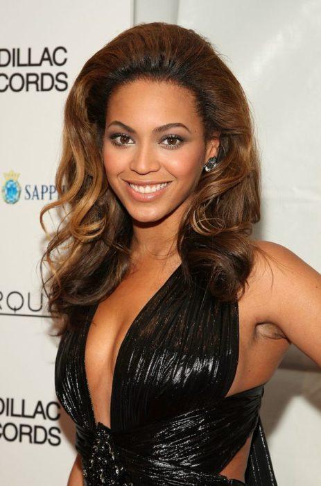 Beyonce axilas velludas
