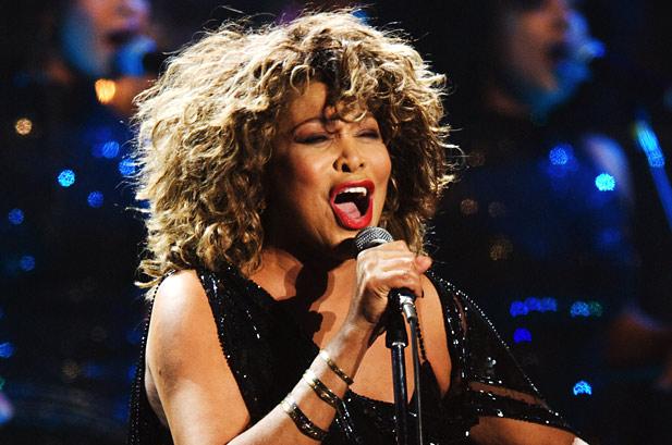 Tina Turner divas de la música que no supieron amar