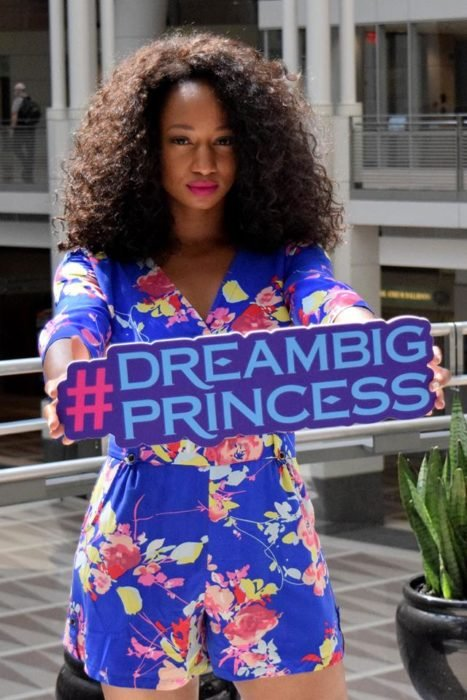 Dream Big Princess Monique Coleman lider de Girl Up