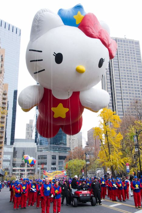 hello kitty en desfile en nueva york