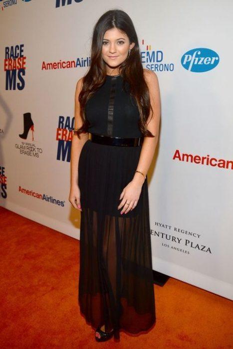 Kylie Jenner 2012 vestido negro