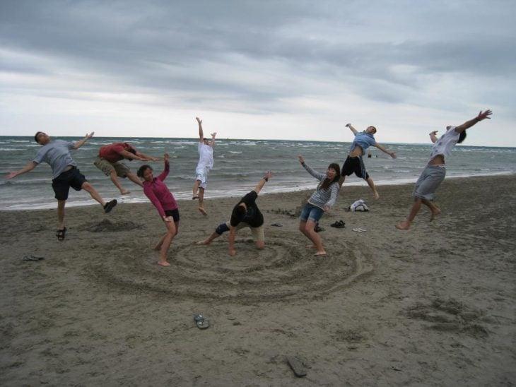 golpe de playa todos volando