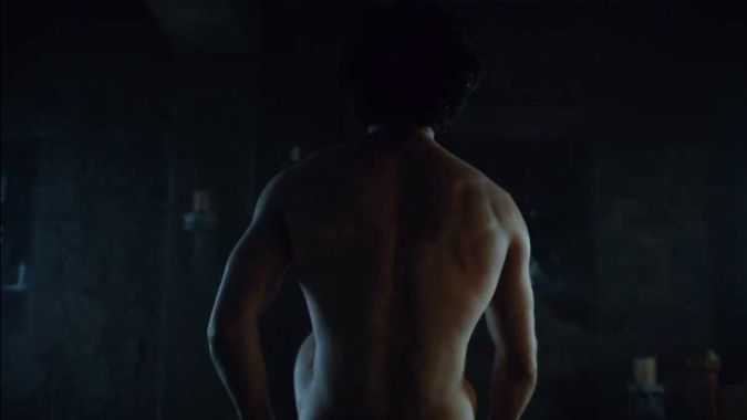 hombre de espaldas sin ropa