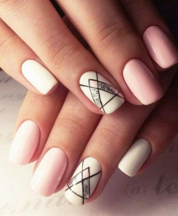 diseño de colores rosa con geometria