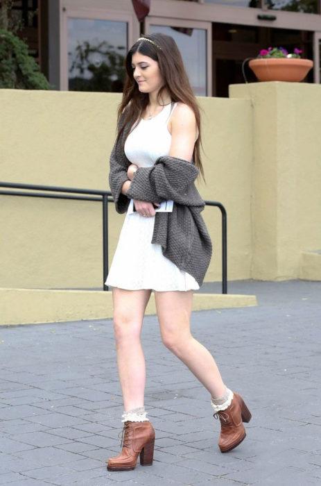 kylie Jenner vestido blanco 2013