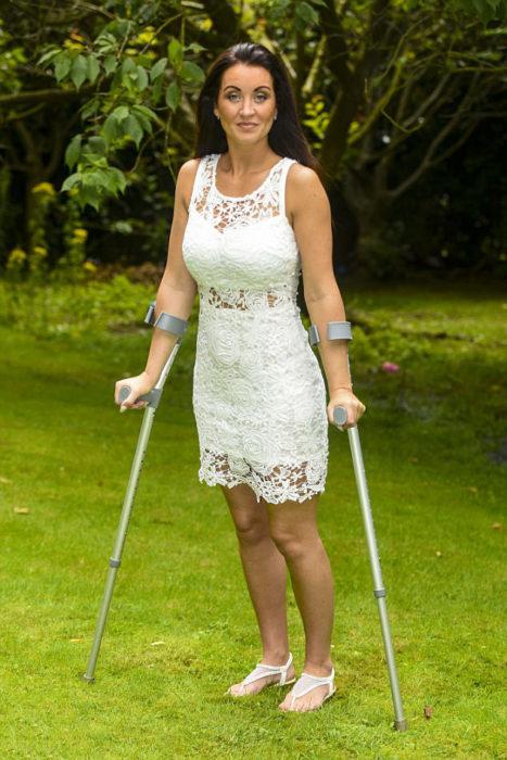 Mujer que estaba paralitica ahora camina gracias al amor