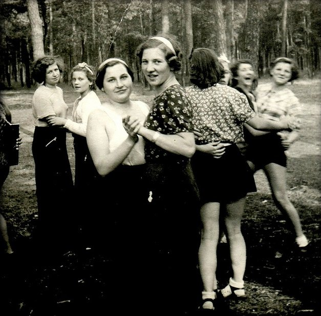 chicas en una fiesta