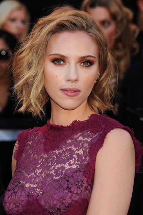 Scarlett Johansson bob