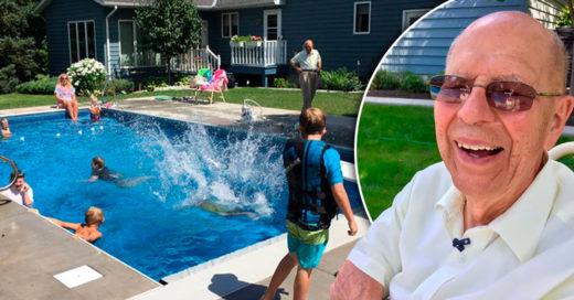 Este abuelo construyó una piscina en su patio para no sentirse solo luego de que falleciera su esposa