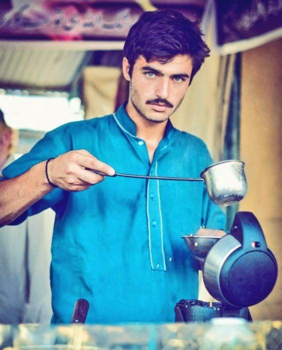 arshad khan vendedor de te