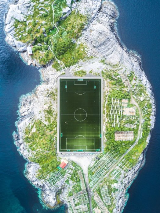 Cancha de fútbol en Noruega