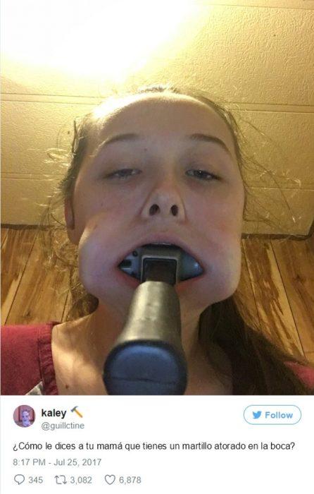 niña se le atoró martillo en la boca