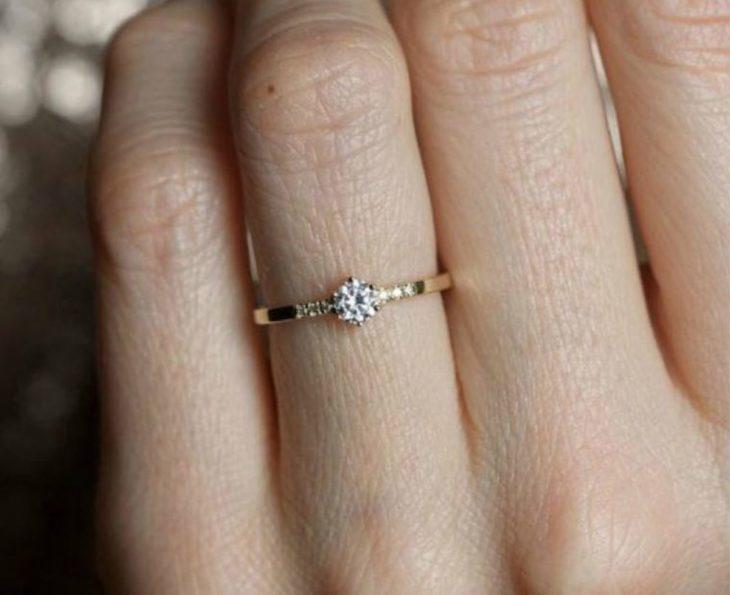 novia no le gusta su anillo