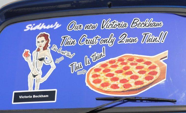 victoria beckham demanda restaurante