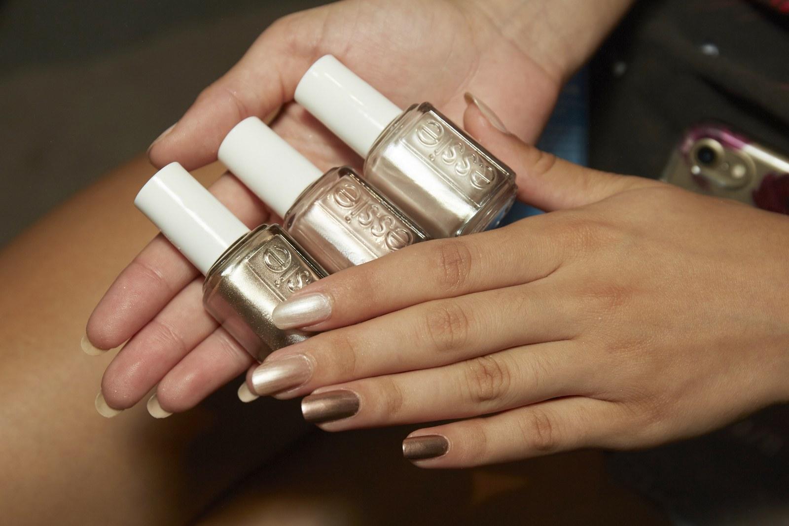Las 25 Mejores ideas de uñas decoradas de las pasarelas 2017